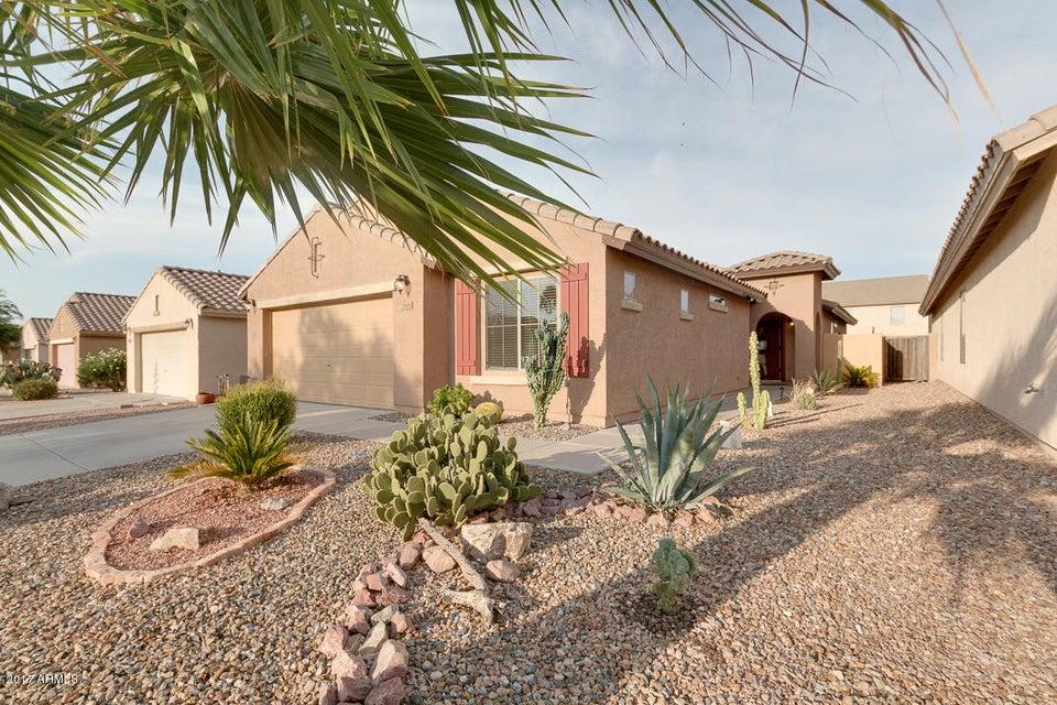 33051 N QUARRY HILLS Drive, San Tan Valley, AZ 85143