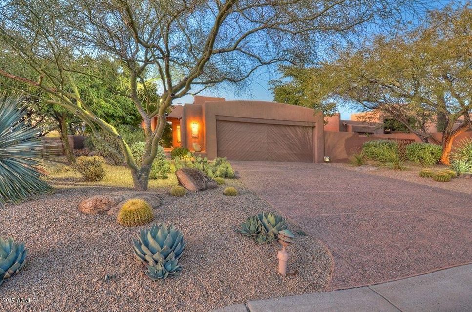 8502 E CAVE CREEK Road 33, Carefree, AZ 85377