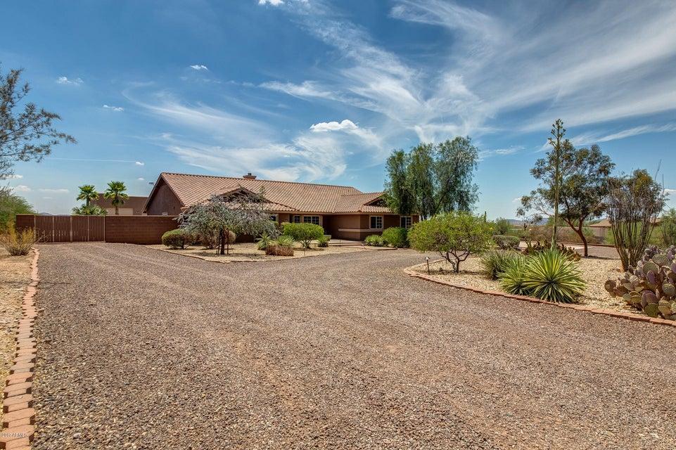 1217 W Briles Road, Phoenix, AZ 85027