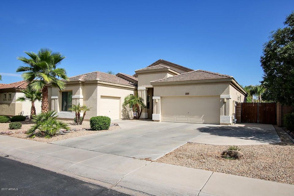 3272 E BLUEBIRD Place, Chandler, AZ 85286