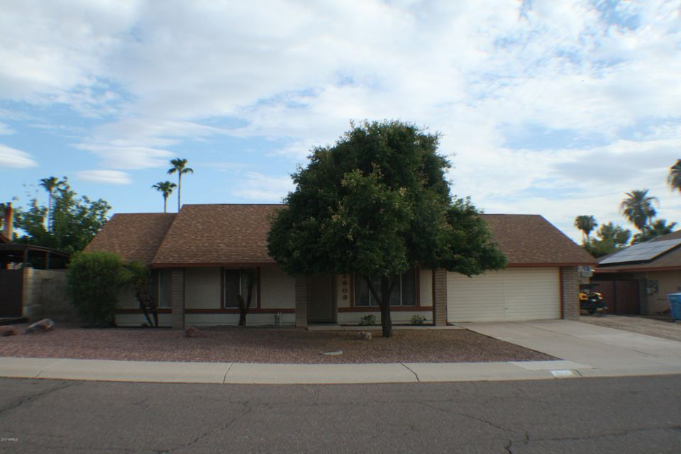 4609 W HEARN Road, Glendale, AZ 85306