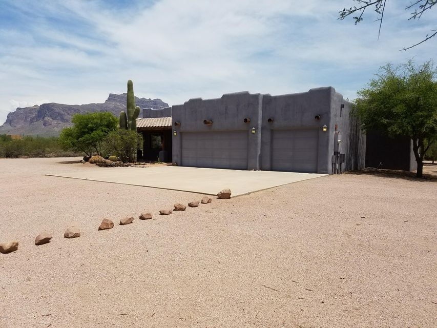 2213 S MARLOW Road, Apache Junction, AZ 85119