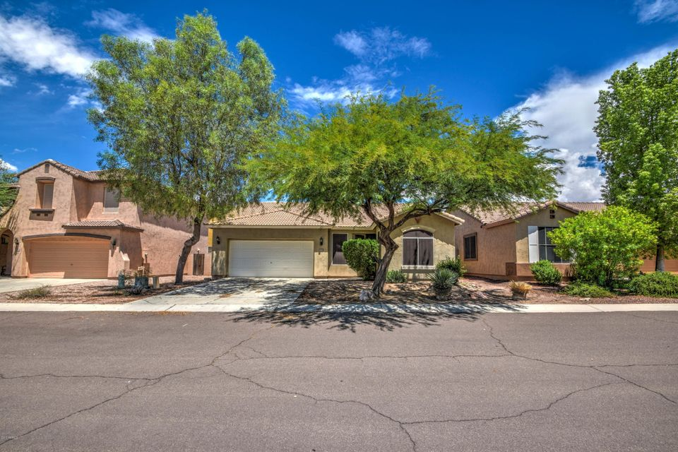 1120 E GEONA Street, San Tan Valley, AZ 85140