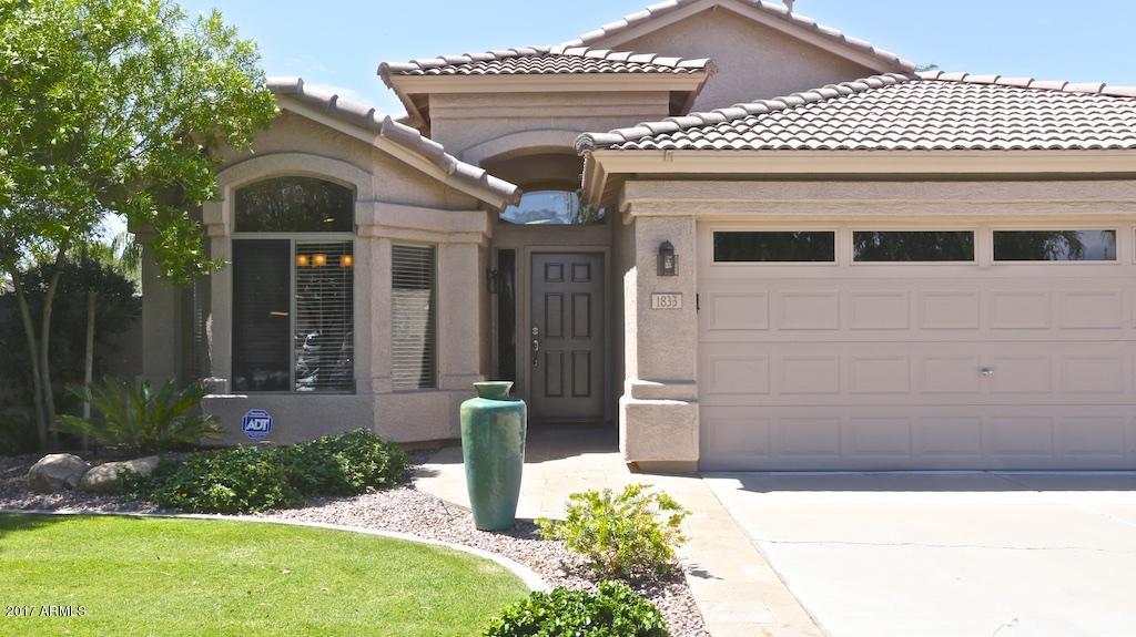 1833 W CANYON Way, Chandler, AZ 85248