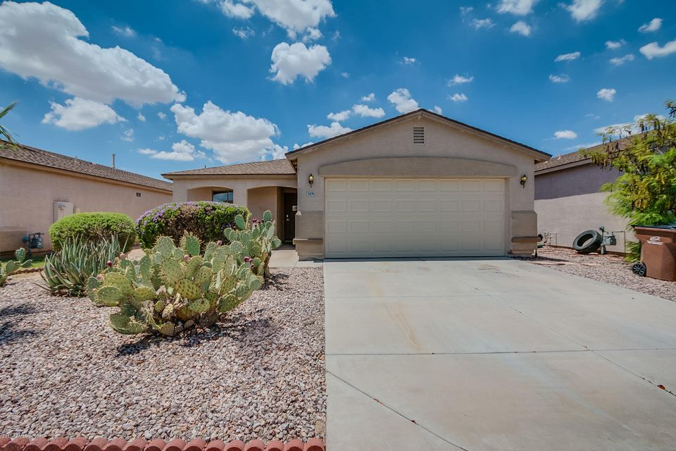 30696 N WHIRLAWAY Trail, San Tan Valley, AZ 85143