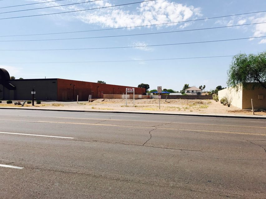 4335 W Cactus Road, Glendale, AZ 85304