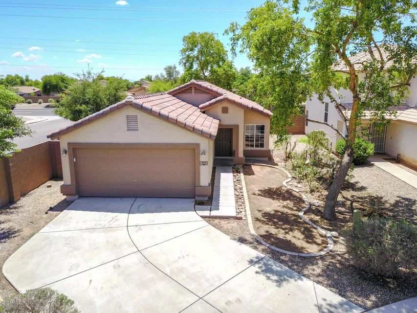 955 E MAYFIELD Circle, San Tan Valley, AZ 85143