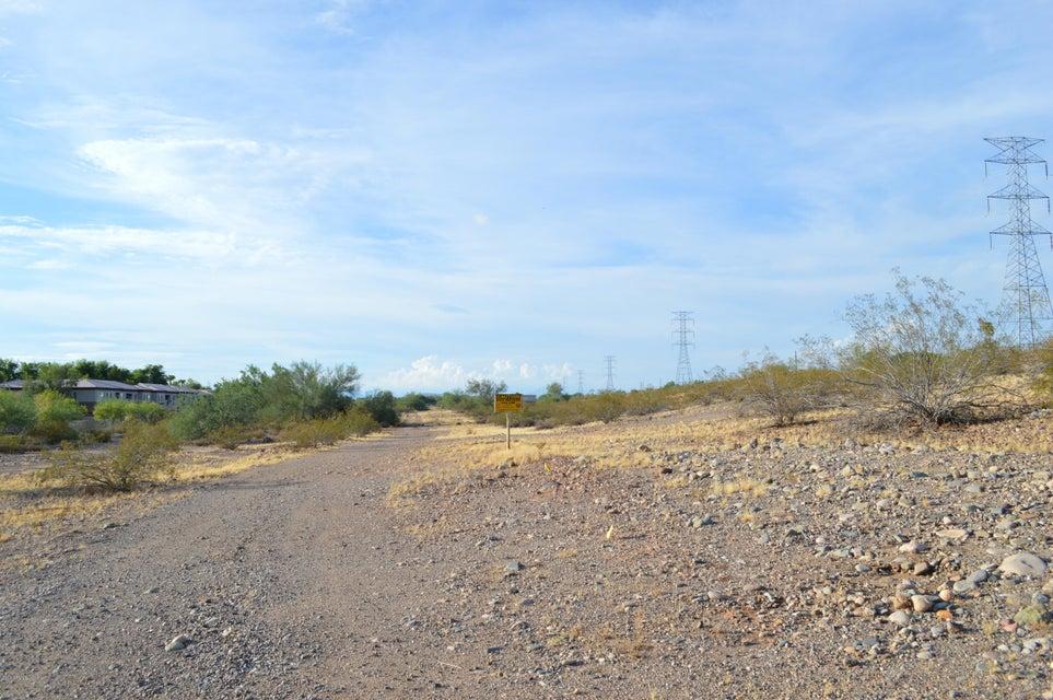 11299 W Lily Mckinley Drive, Surprise, AZ 85378