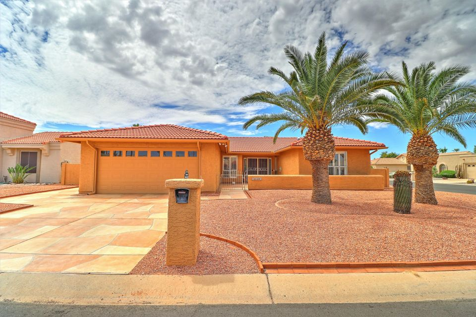 10401 E TWILIGHT Drive, Sun Lakes, AZ 85248