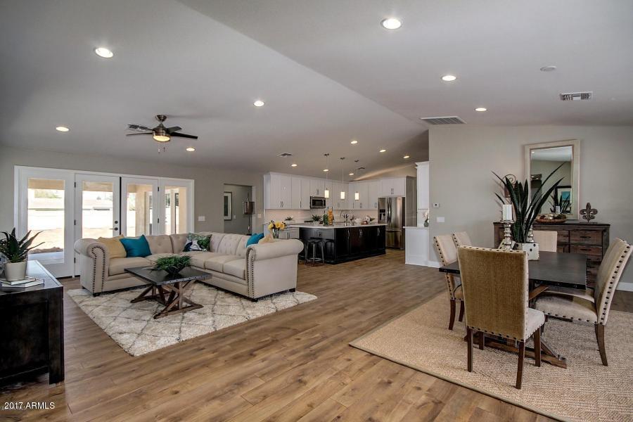 6747 N 15TH Street, Phoenix, AZ 85014