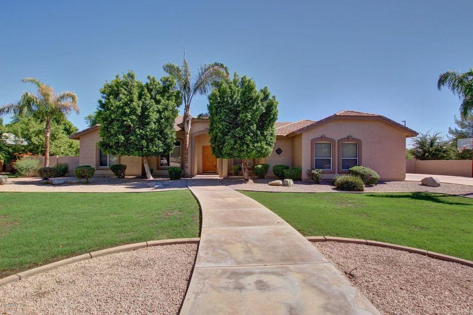 3713 E Barbarita Avenue, Gilbert, AZ 85234