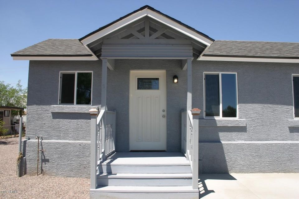 2732 E ROESER Road, Phoenix, AZ 85040