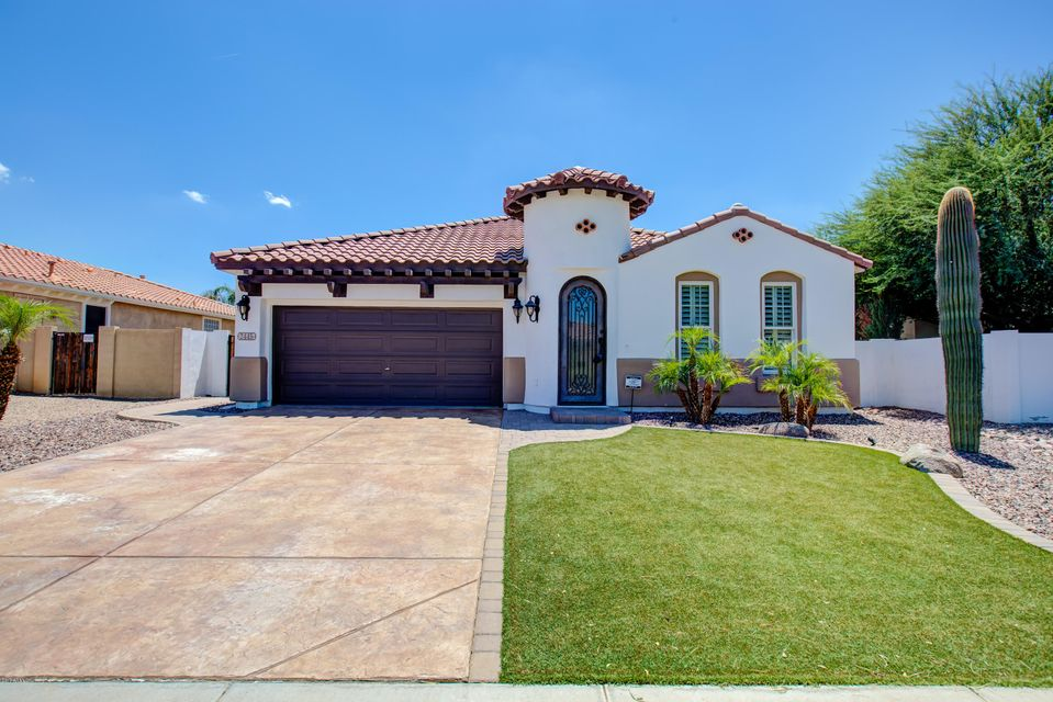 2445 E DESERT BROOM Place, Chandler, AZ 85286