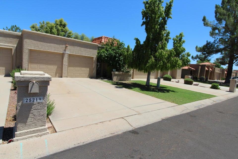 25219 S SADDLETREE Drive, Sun Lakes, AZ 85248