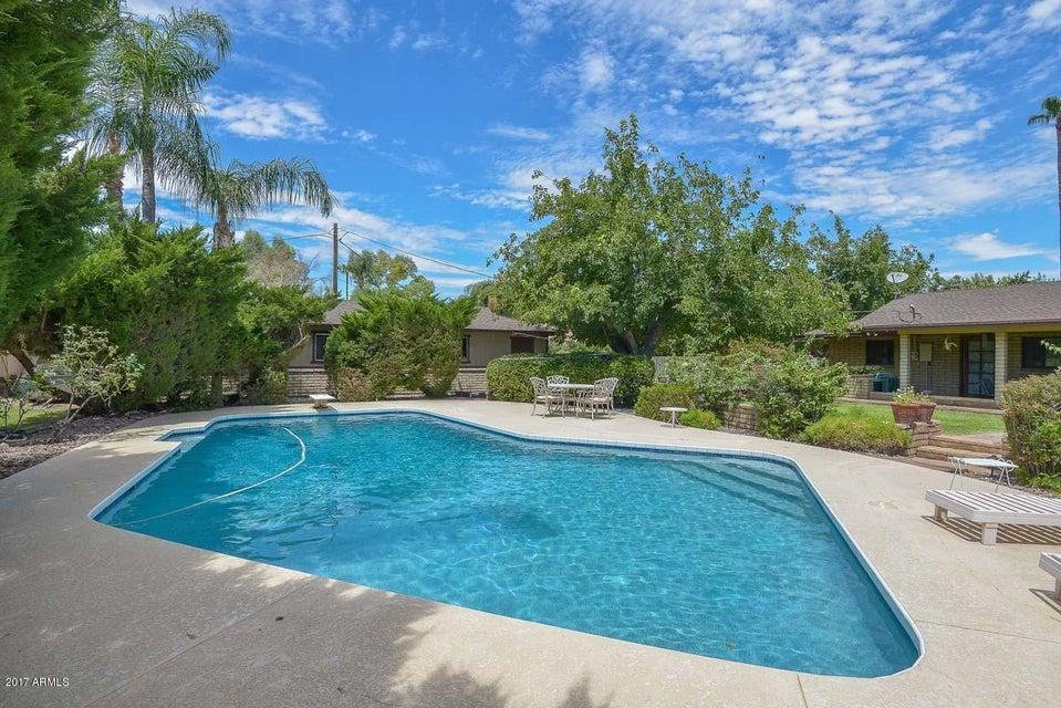 6715 W PERSHING Avenue, Peoria, AZ 85381
