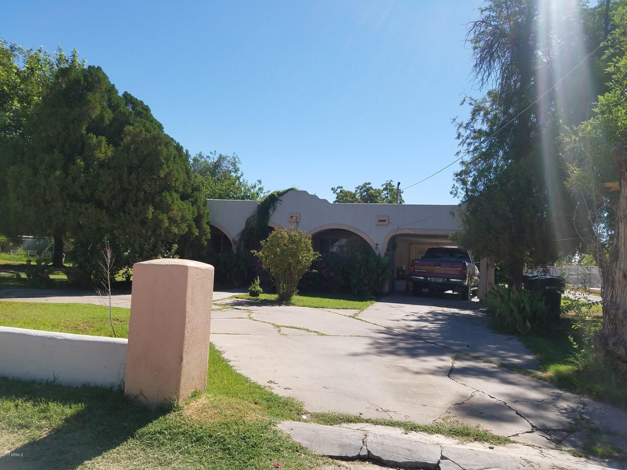 817 N 40th Avenue, Phoenix, AZ 85009