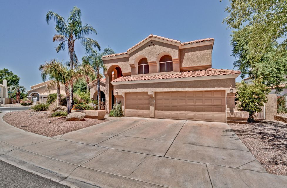 7038 W PIUTE Avenue, Glendale, AZ 85308