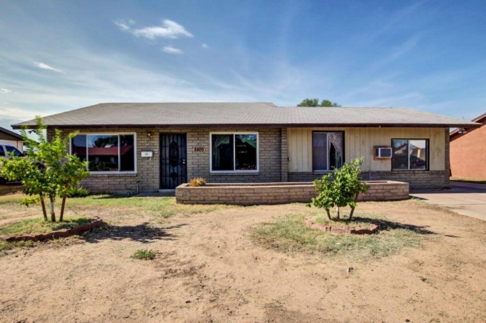 8809 W HEATHERBRAE Drive, Phoenix, AZ 85037
