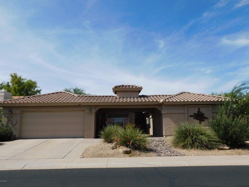 362 W CHAMPAGNE Drive, Chandler, AZ 85248