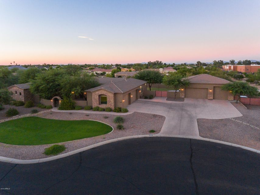 4664 E Sports Court, Gilbert, AZ 85298