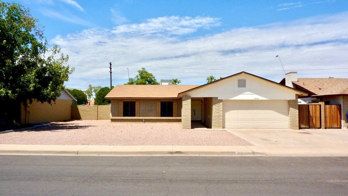 2926 S MOLLERA --, Mesa, AZ 85210