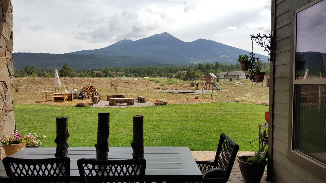 8701 N Chimney Springs Trail, Flagstaff, AZ 86001