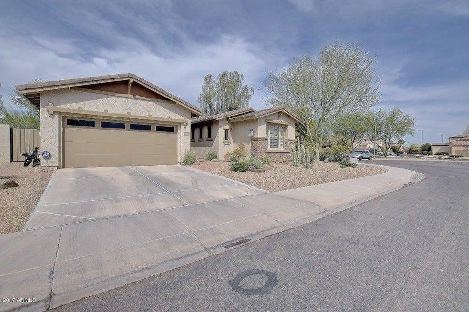 372 W LANTANA Place, Chandler, AZ 85248