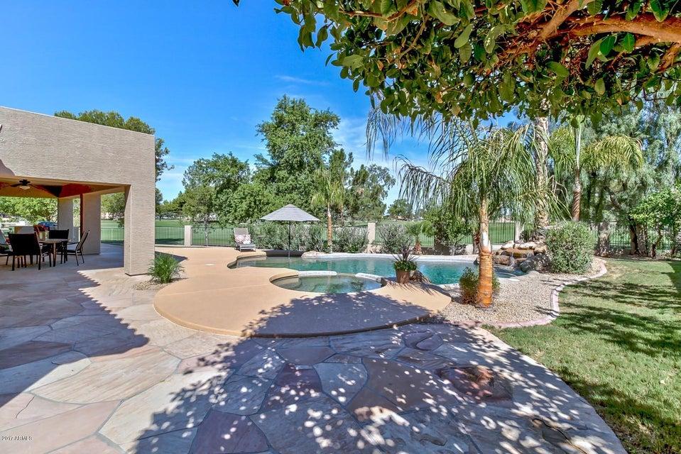 3772 S ROSEMARY Drive, Chandler, AZ 85248