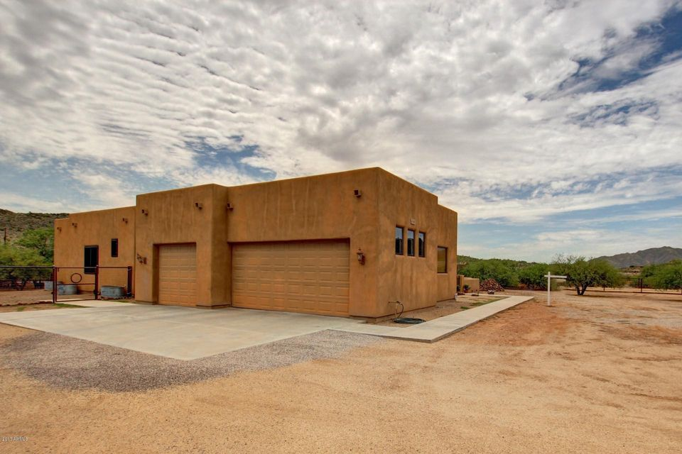 43111 N 14TH Street, New River, AZ 85087