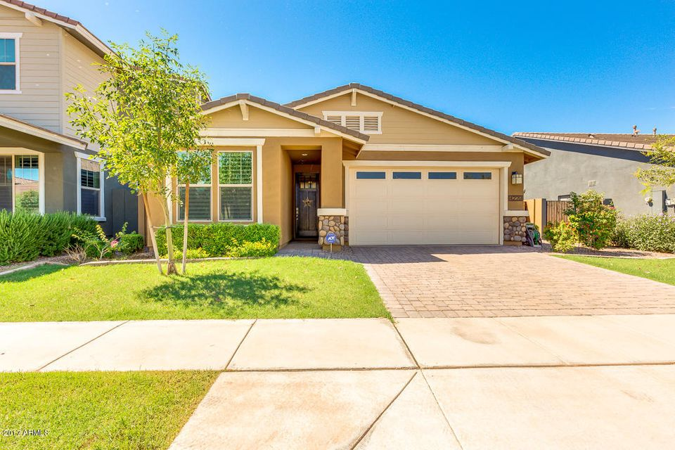 4229 E MESQUITE Street, Gilbert, AZ 85296