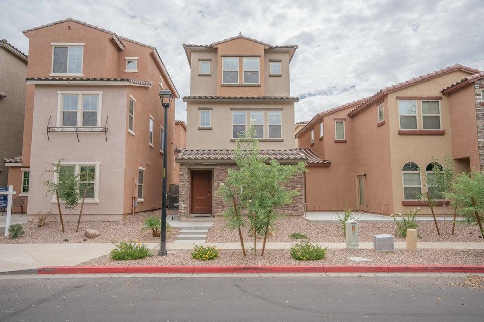 2049 N 77TH Glen, Phoenix, AZ 85035