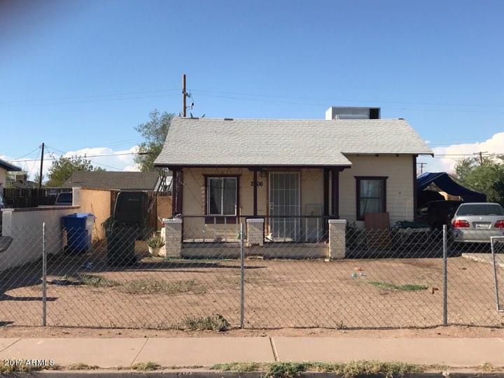 2906 W POLK Street, Phoenix, AZ 85009