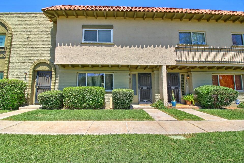 2844 E CLARENDON Avenue, Phoenix, AZ 85016