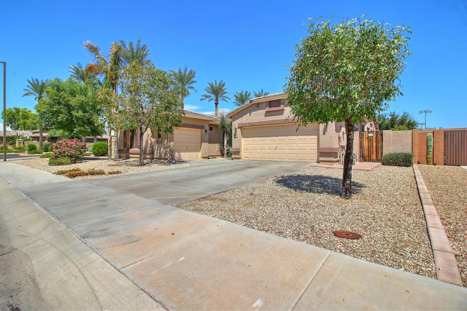 2747 N 144TH Drive, Goodyear, AZ 85395
