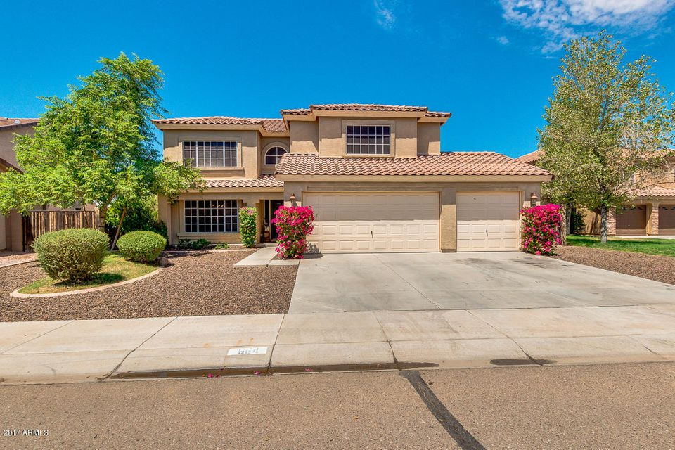 664 E MAYFIELD Drive, San Tan Valley, AZ 85143
