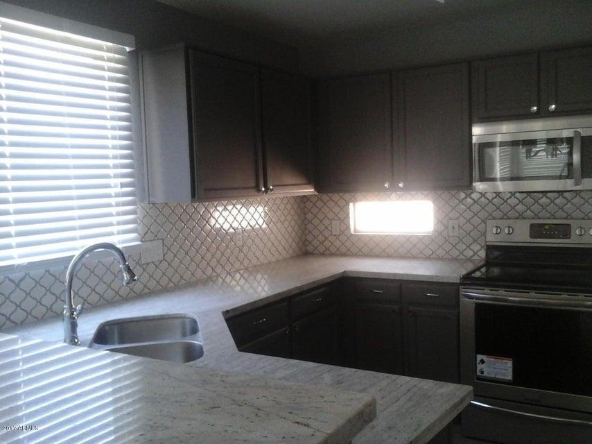 11250 W ROMA Avenue, Phoenix, AZ 85037