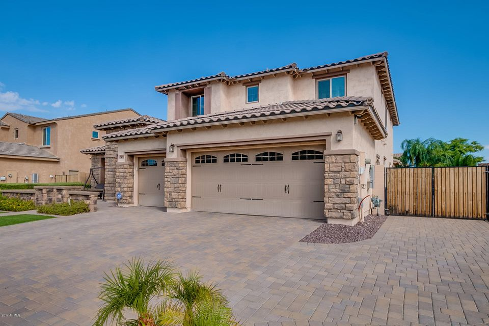 9284 W QUAIL TRACK Drive, Peoria, AZ 85383