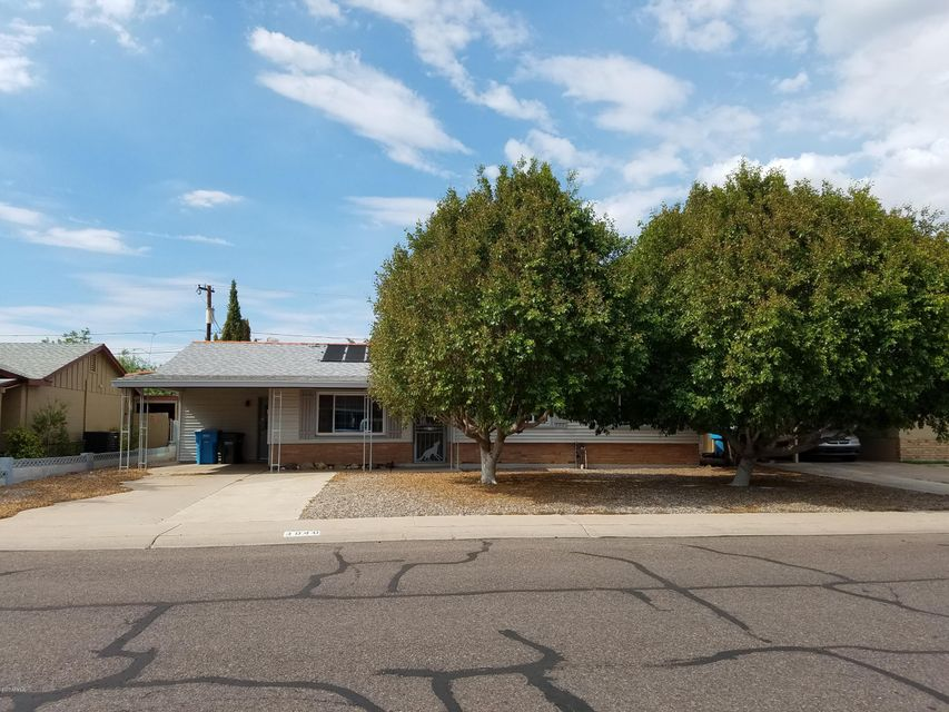 3040 W LARKSPUR Drive, Phoenix, AZ 85029