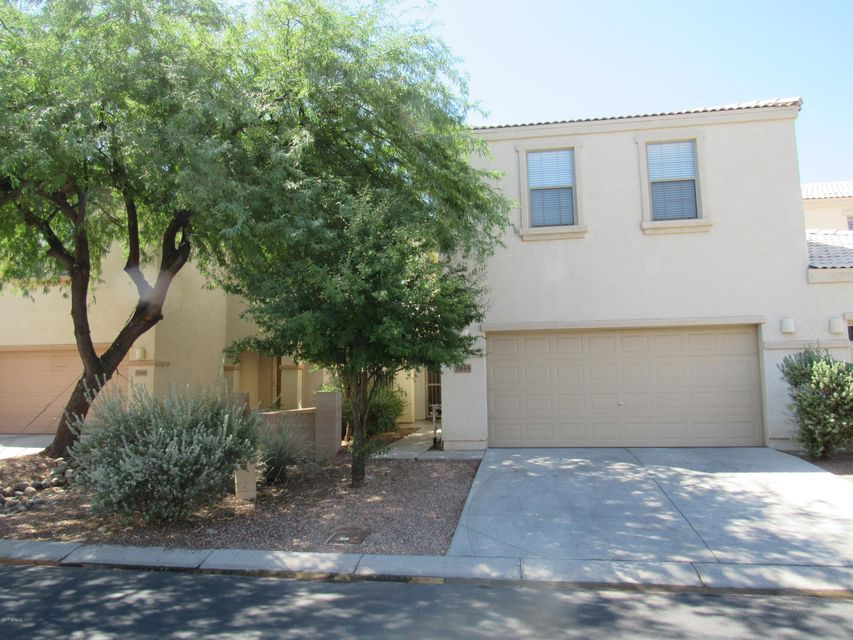 7053 W MERCER Lane, Peoria, AZ 85345