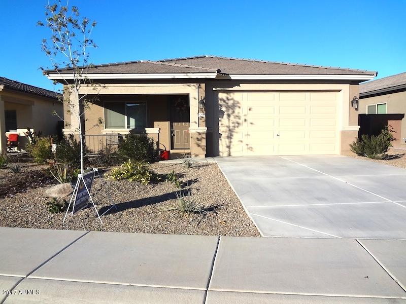 784 W HARVEST Road, San Tan Valley, AZ 85140