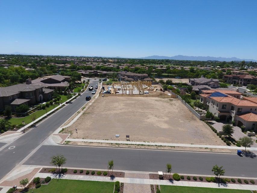 596 W HORSESHOE Place Lot 13, Chandler, AZ 85248