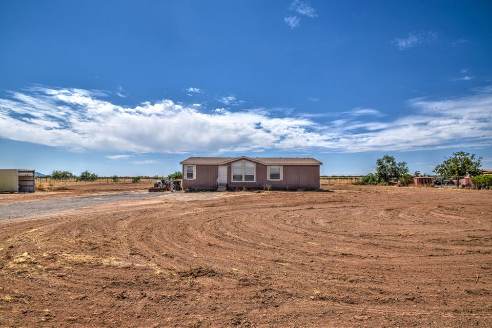 27204 N MORNING STAR Lane, Wittmann, AZ 85361