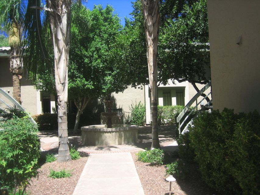 5211 N 24TH Street 202, Phoenix, AZ 85016
