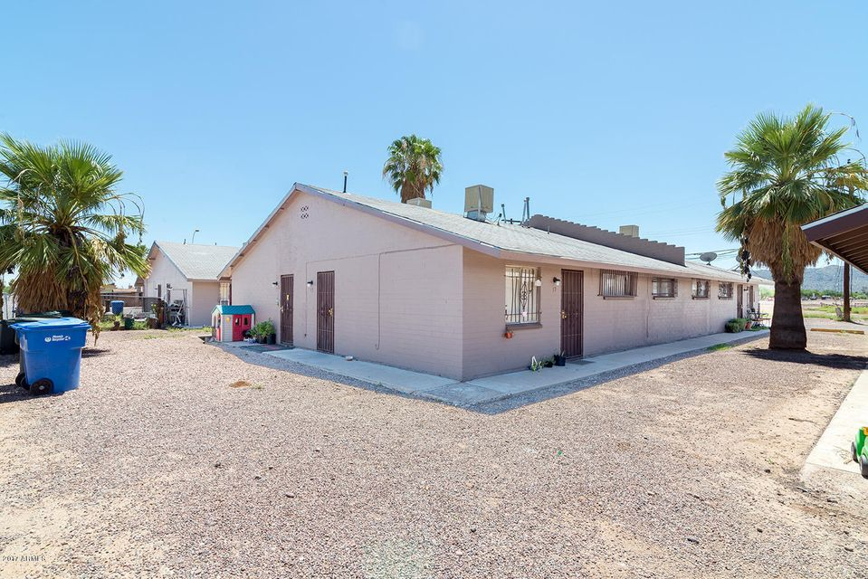 2343 E PUEBLO Avenue, Phoenix, AZ 85040
