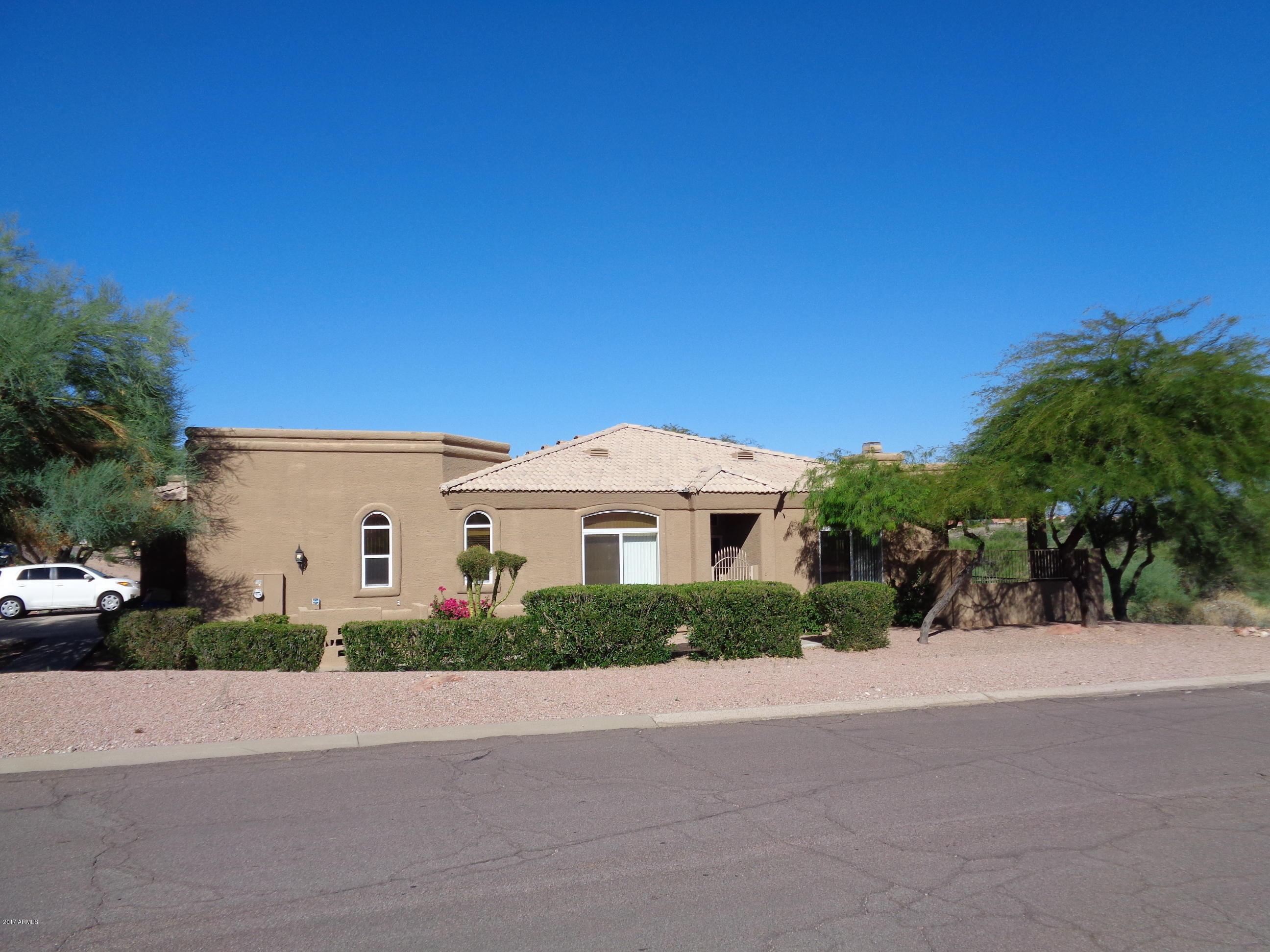 12239 N CHAMA Drive B, Fountain Hills, AZ 85268