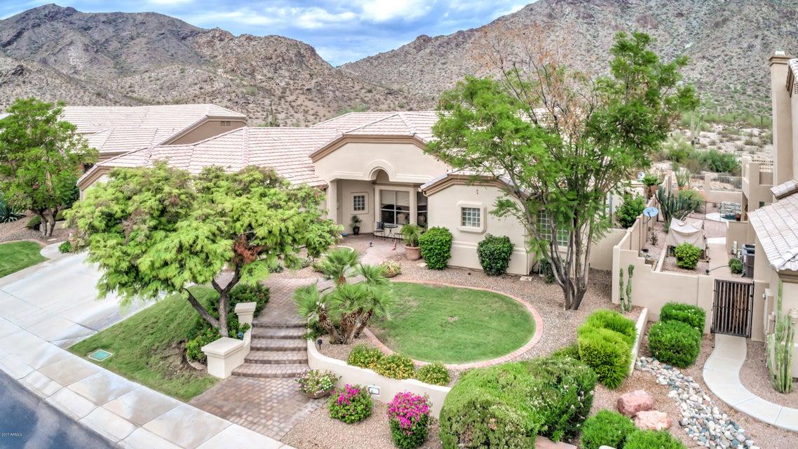 808 E DESERT FLOWER Lane, Phoenix, AZ 85048