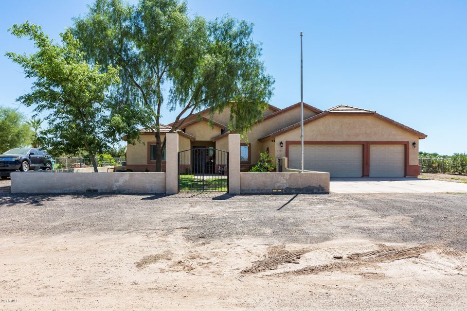 35973 N BUSHWACKER PASS Street, San Tan Valley, AZ 85140