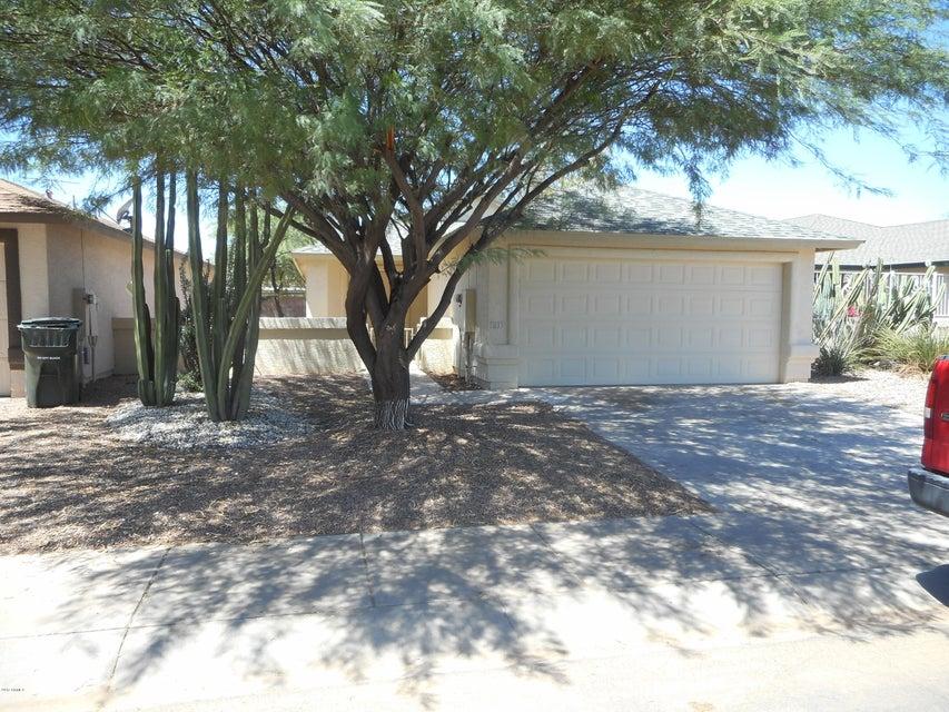1833 N CENTER Avenue, Casa Grande, AZ 85122
