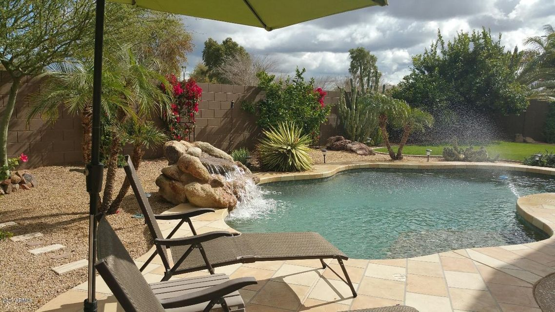 4560 E KARSTEN Drive, Chandler, AZ 85249