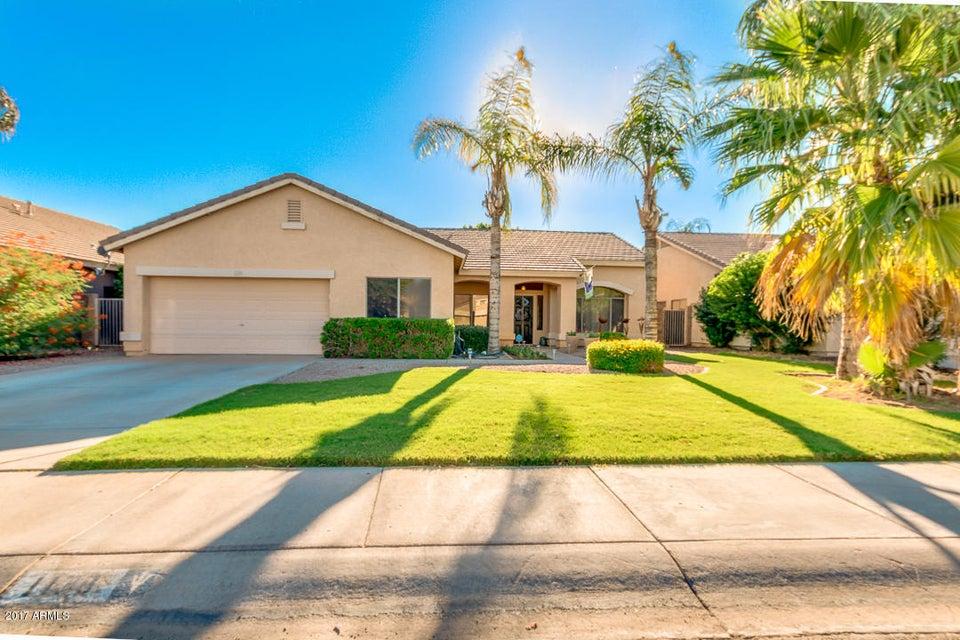 1138 S WESTERN SKIES Drive, Gilbert, AZ 85296
